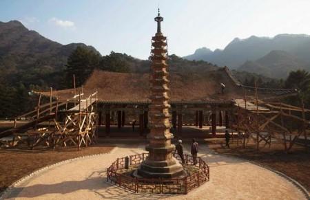 Il tempio Poyon, in Corea del Nord